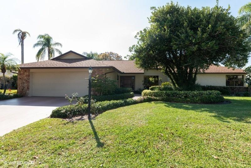 6572 Eastpointe Pines Street, Palm Beach Gardens, Florida 33418, 2 Bedrooms Bedrooms, ,3.1 BathroomsBathrooms,A,Single family,Eastpointe Pines,RX-10493866