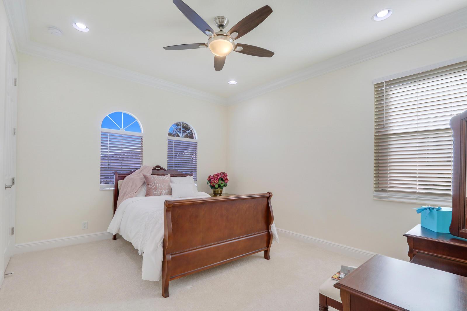 WELLINGTON VIEW REALTY