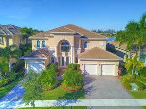 Property for sale at 749 Edgebrook Lane, West Palm Beach,  Florida 33411