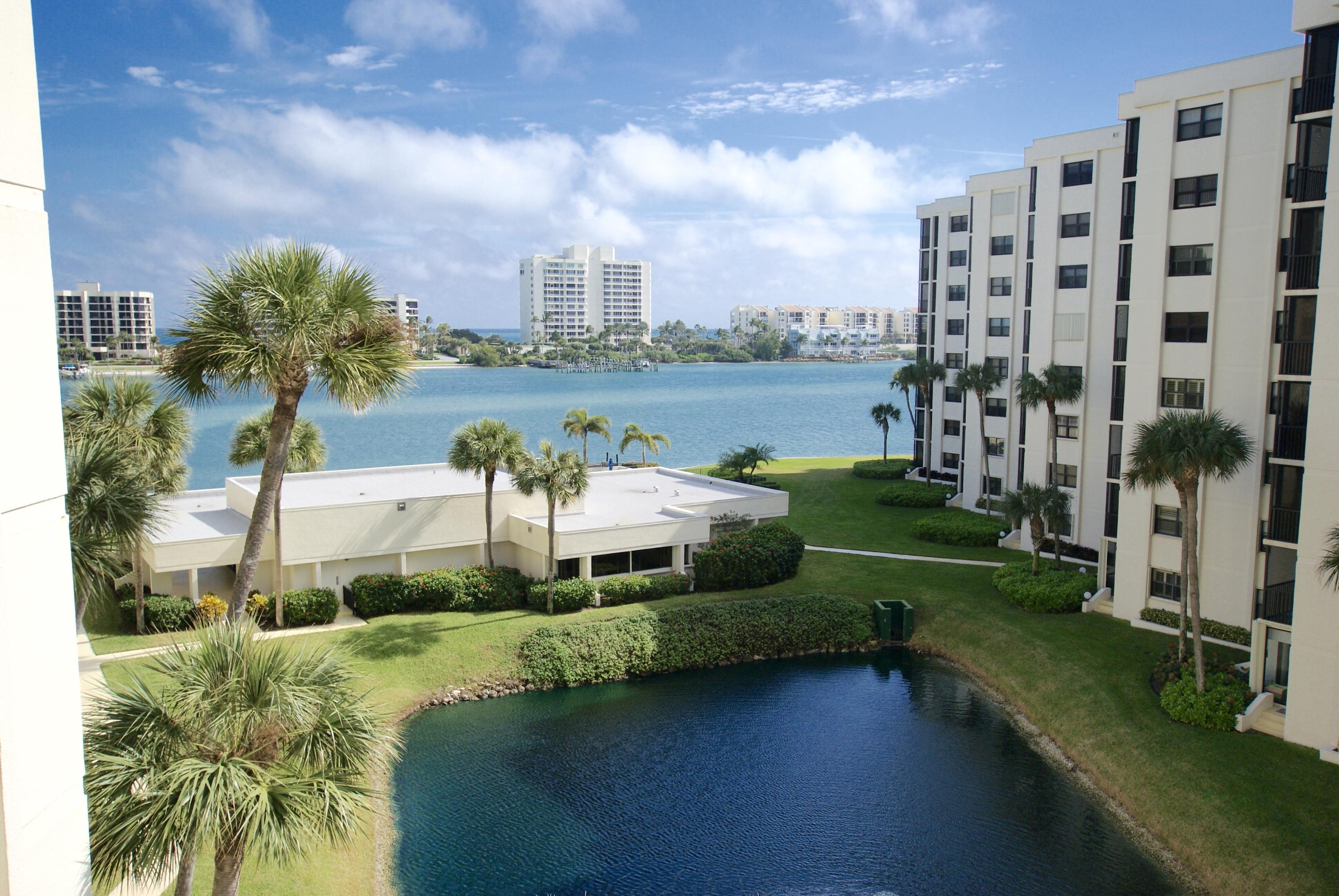 SANDPOINTE BAY REALTY