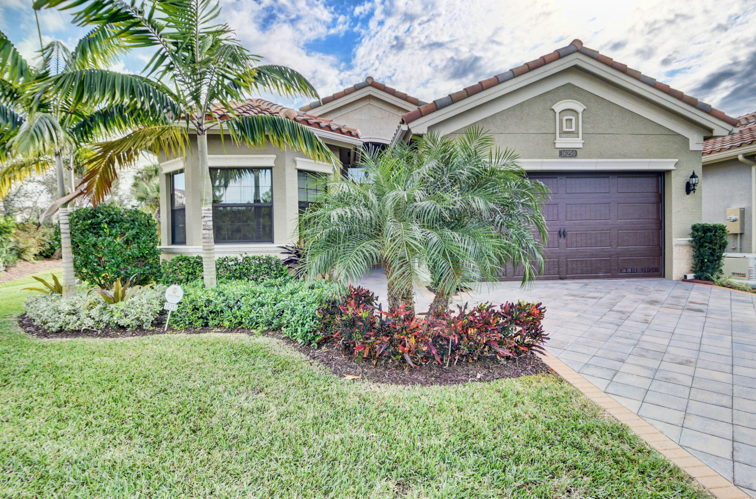 16250 Pantheon Pass  Delray Beach, FL 33446