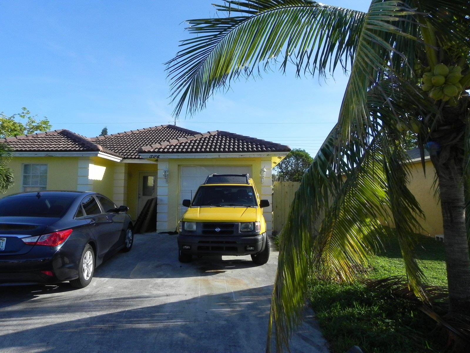 524 NW 11th Avenue Boynton Beach, FL 33435