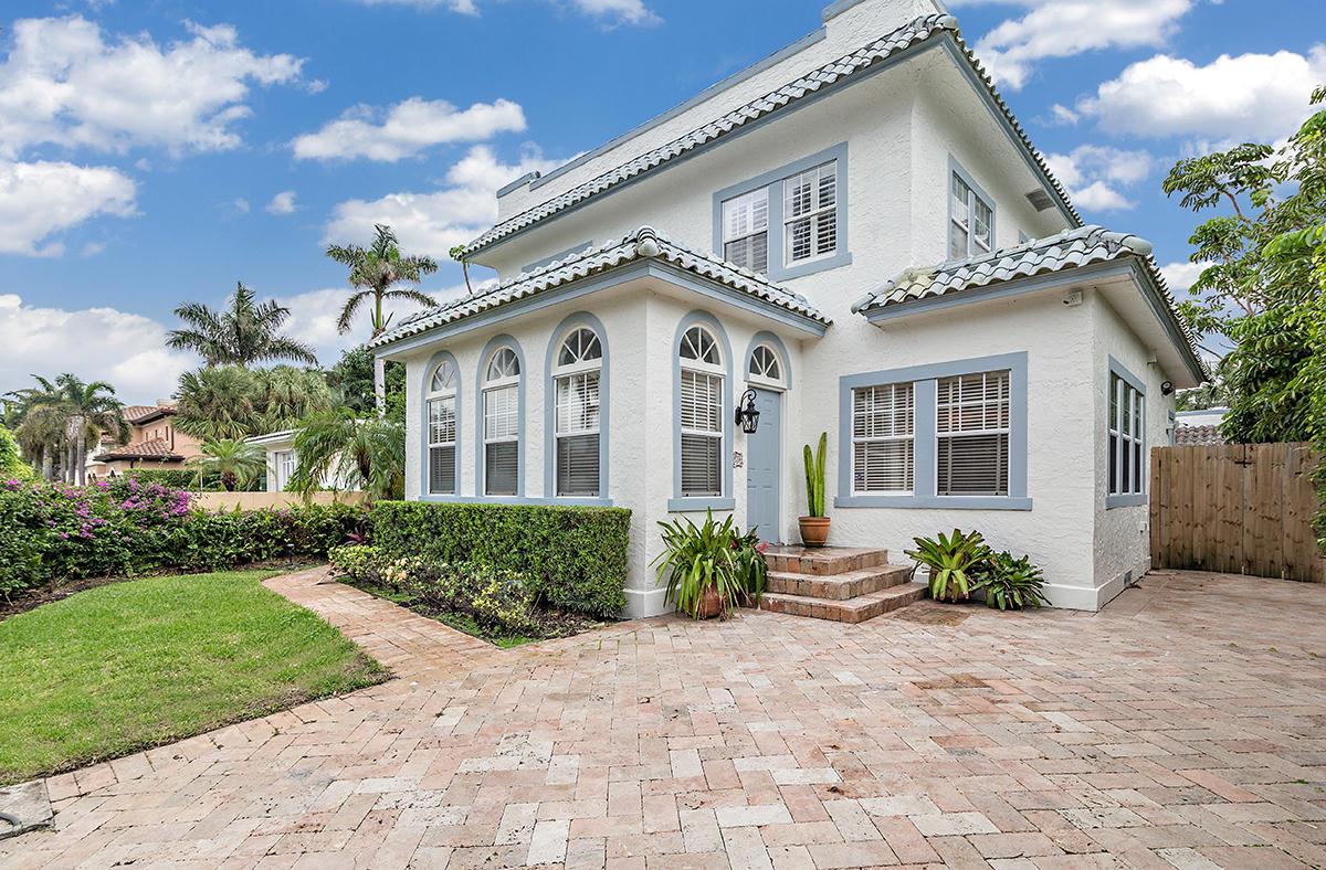 224 10th Street  West Palm Beach, FL 33401