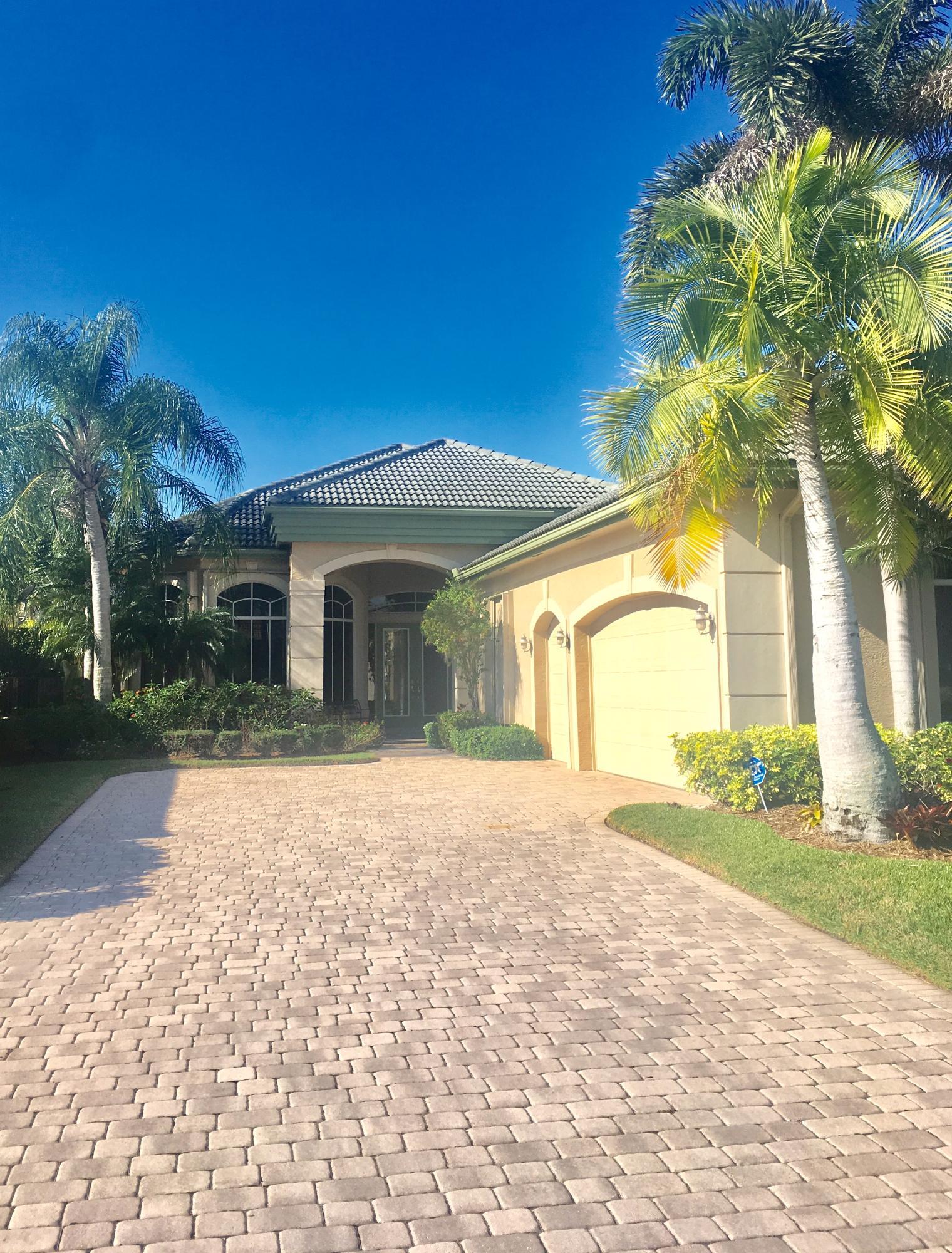 8186 Spyglass Drive  West Palm Beach, FL 33412