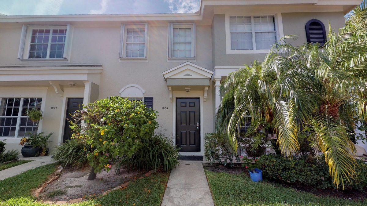 1004 Kokomo Key Lane  Delray Beach, FL 33483