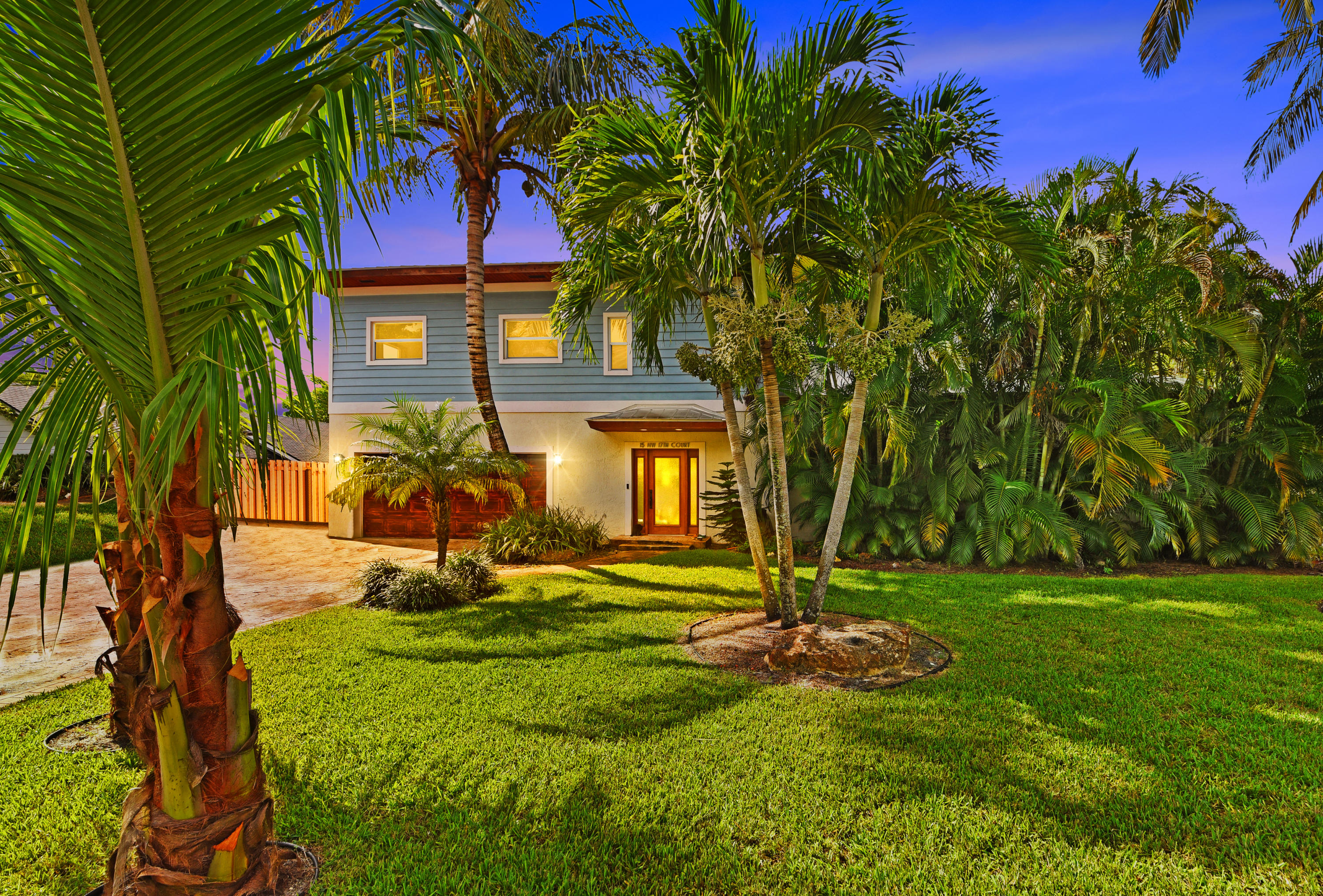 15 NW 17th Court  Delray Beach, FL 33444