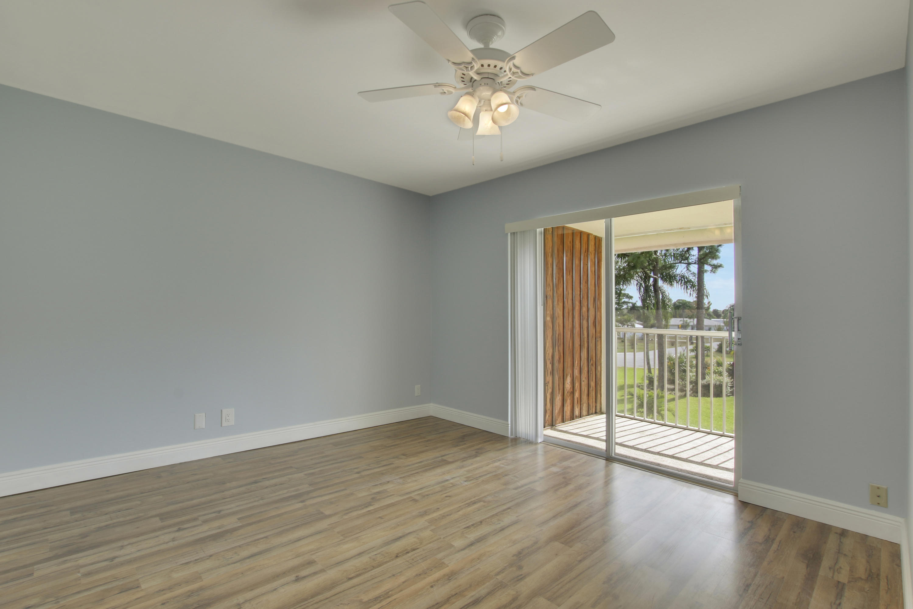 18081 Country Club Drive 17, Tequesta, Florida 33469, 2 Bedrooms Bedrooms, ,1 BathroomBathrooms,A,Condominium,Country Club,RX-10496741