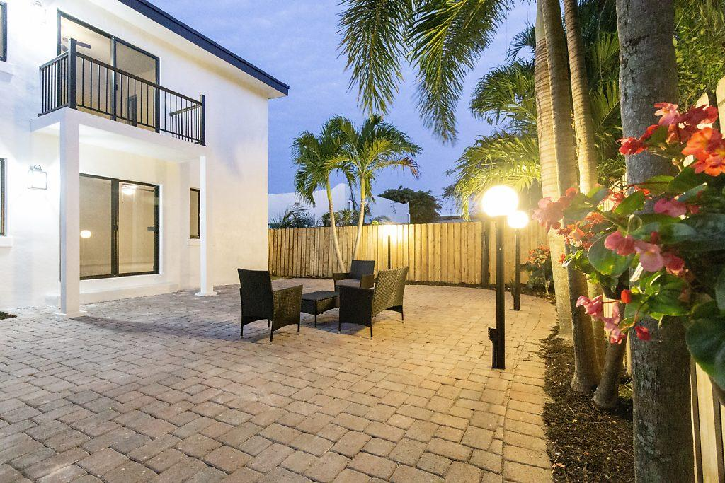 524 Upland Road  West Palm Beach, FL 33401