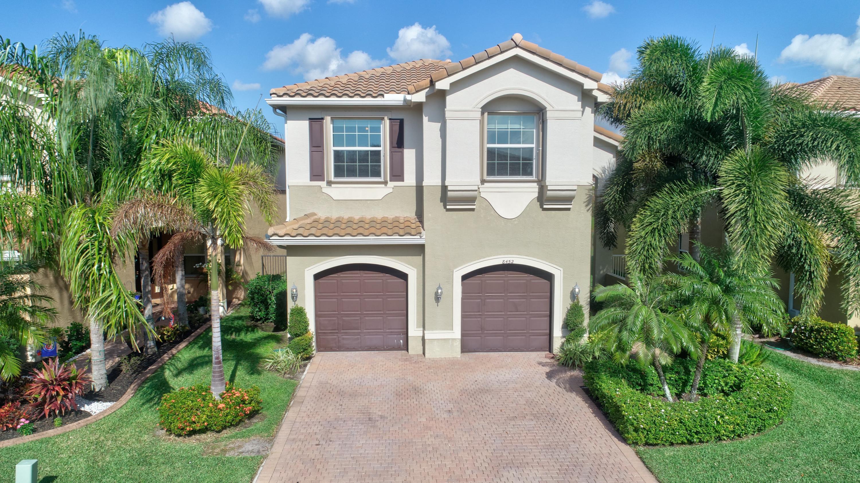 8452 Calabria Lakes Drive  Boynton Beach, FL 33473