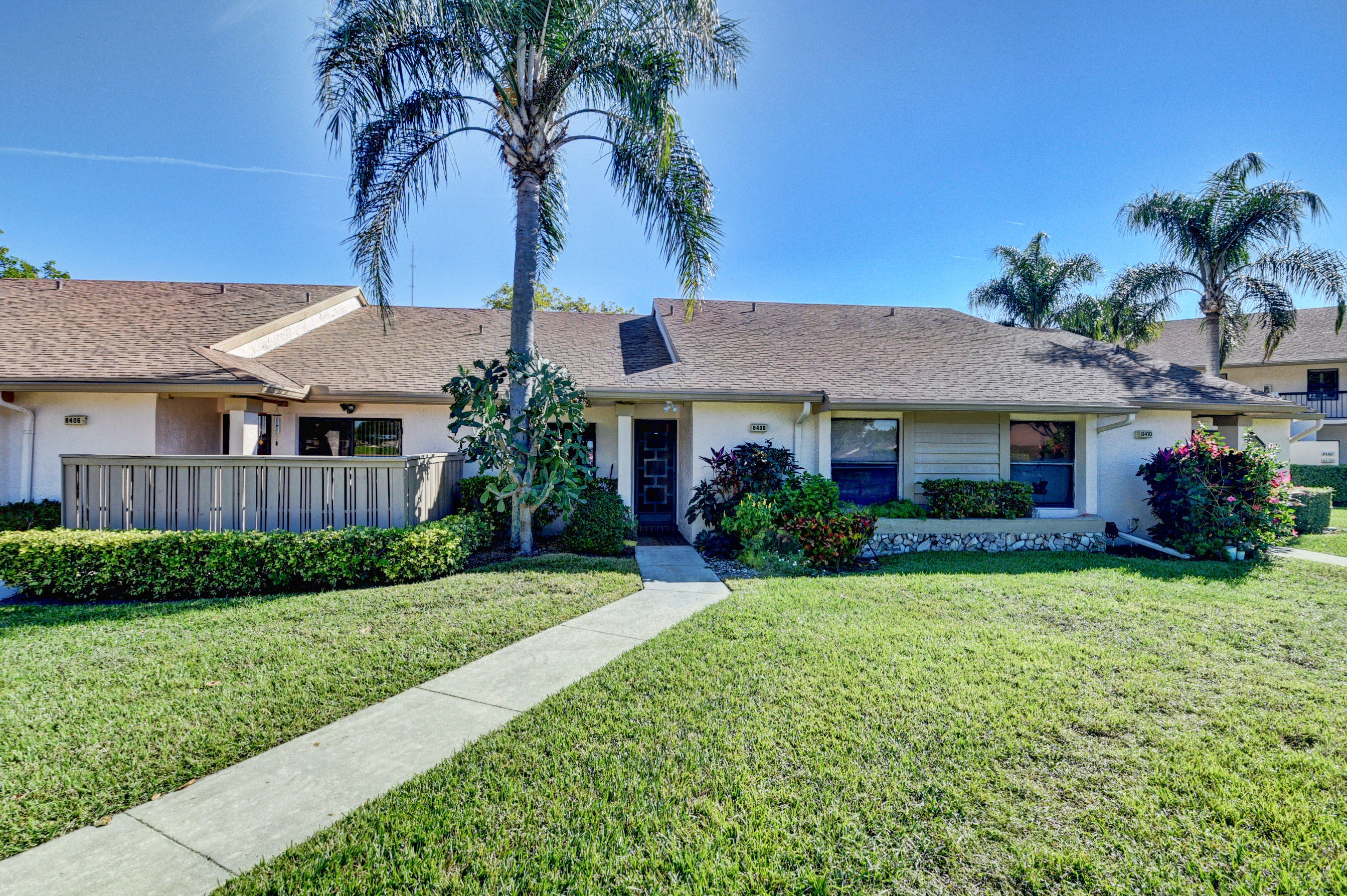 Home for sale in Boca Glades Cond A Thru D Decl Filed OR4136P147 OR4237P1 OR4565P727&4650P752 Boca Raton Florida