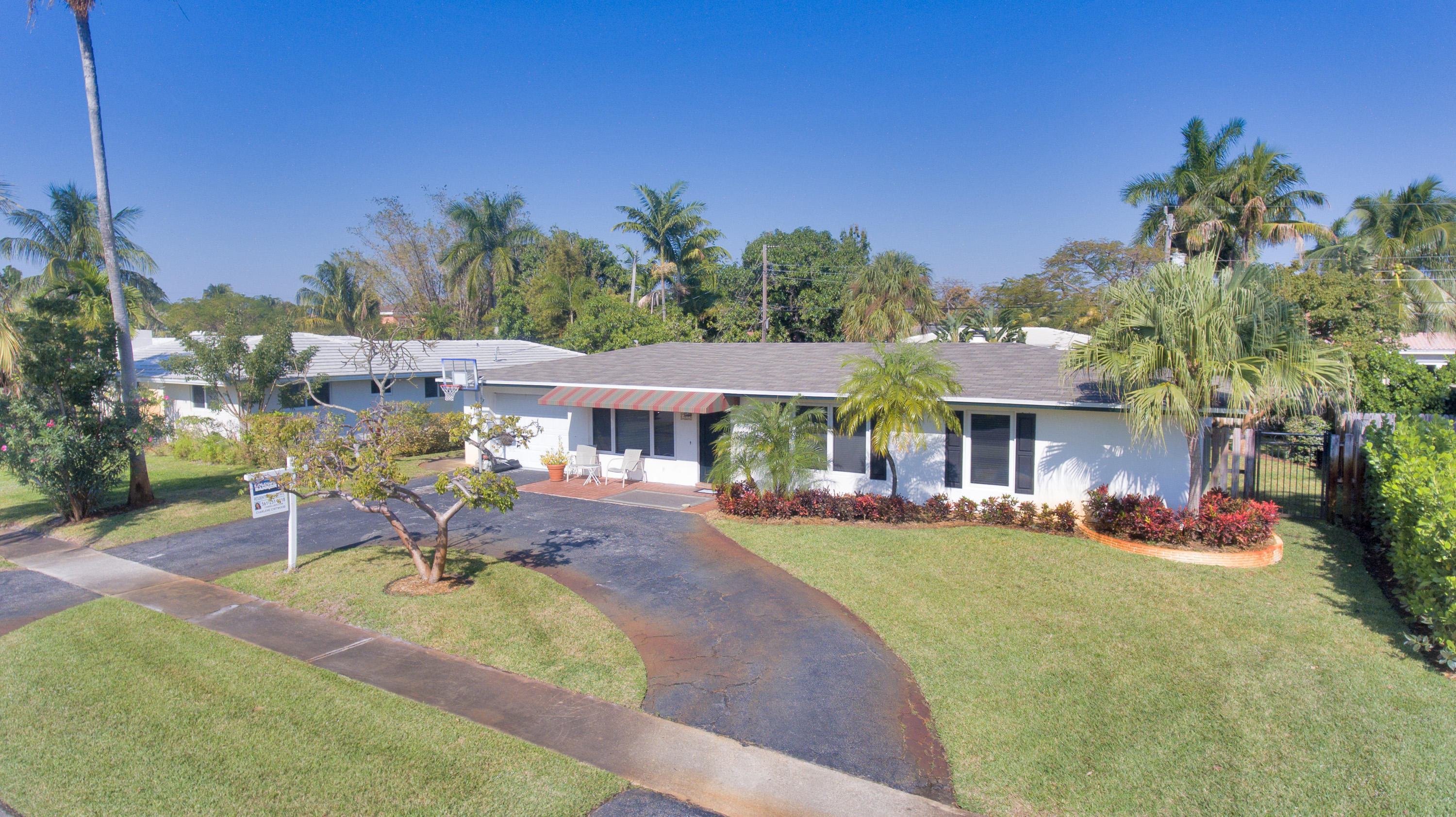 Home for sale in Bermuda Square Boca Raton Florida