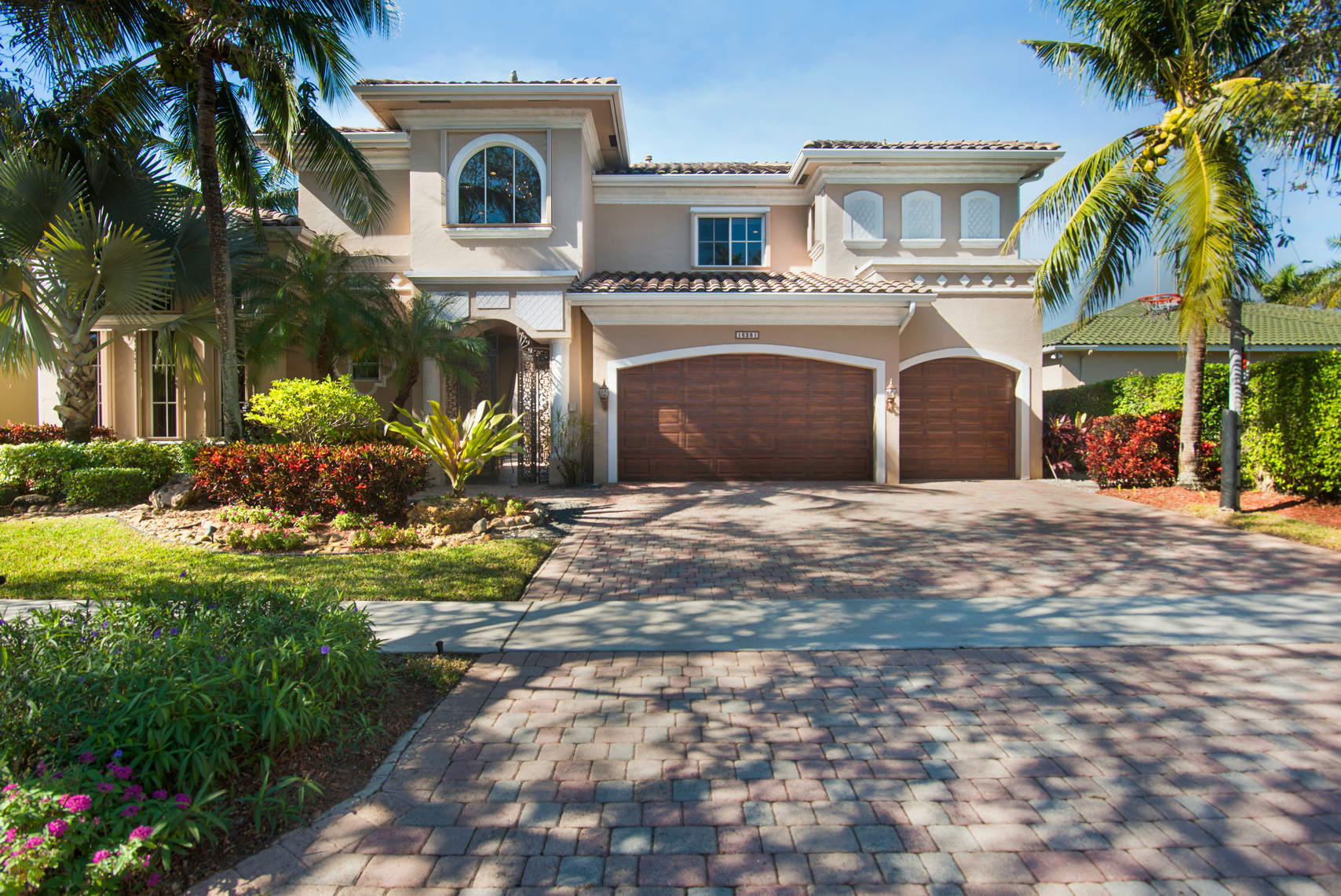 16281 Via Venetia  Delray Beach, FL 33484