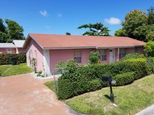 834 SE 2nd Avenue  Delray Beach, FL 33483