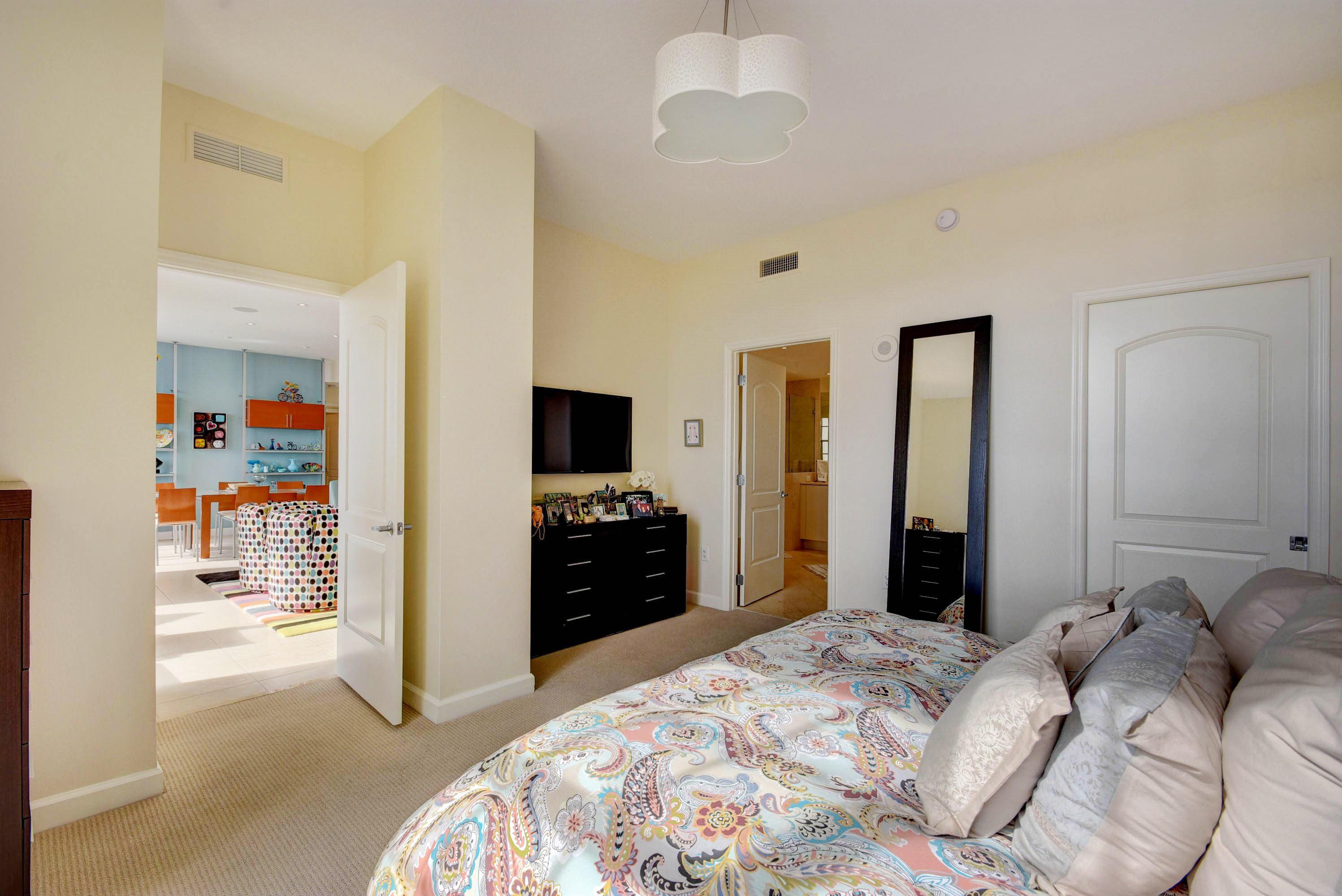 801 S Olive Avenue 1204 West Palm Beach, FL 33401 photo 17
