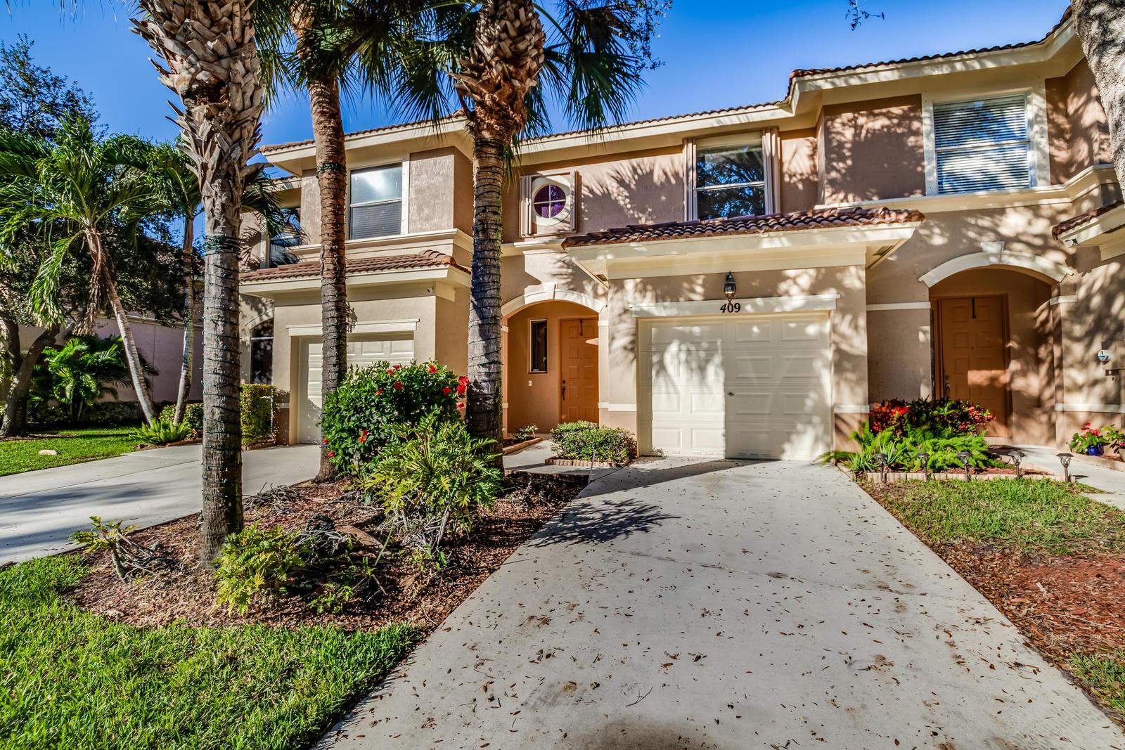 409 Rainbow Springs Terrace Royal Palm Beach, FL 33411