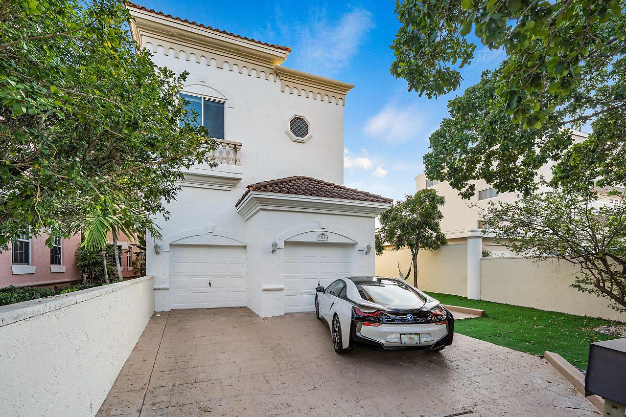 310 E Royal Palm Road  Boca Raton, FL 33432