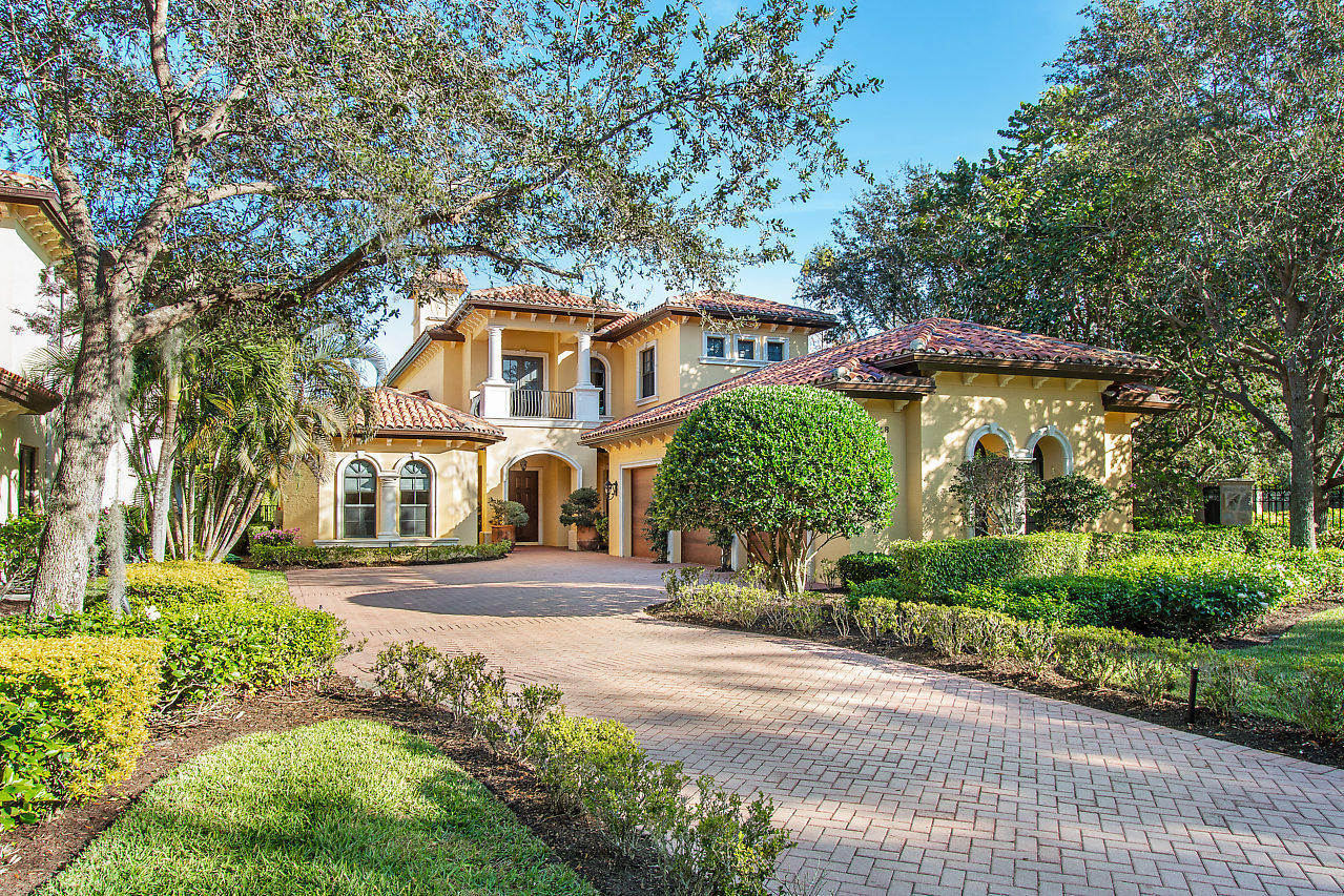Photo of 14018 Old Cypress Bend, Palm Beach Gardens, FL 33410