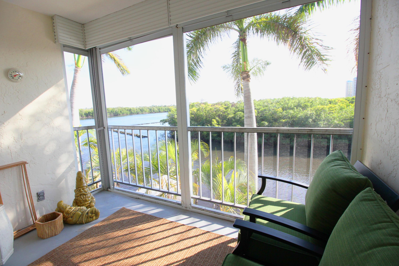 689 Ne 6th Court 304 Boynton Beach, FL 33435 photo 2