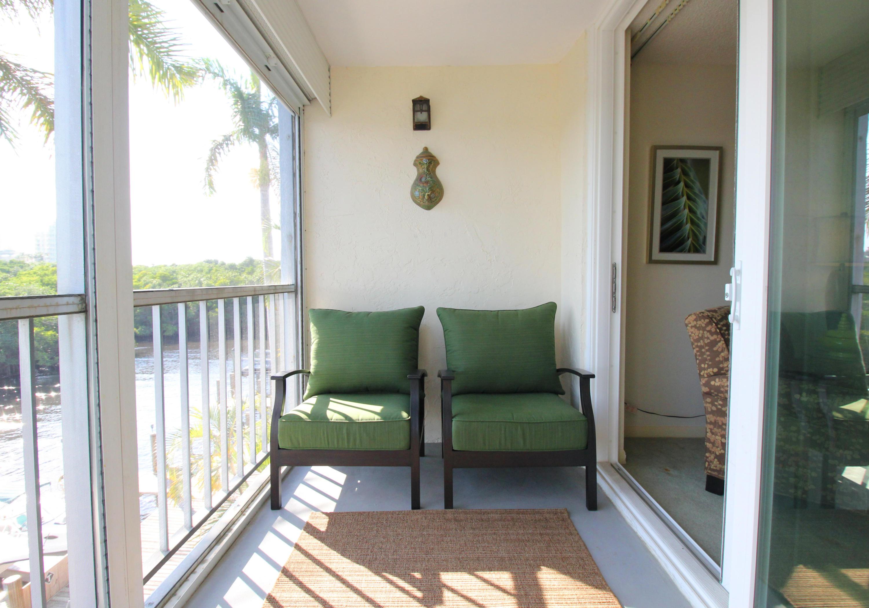 689 Ne 6th Court 304 Boynton Beach, FL 33435 photo 3