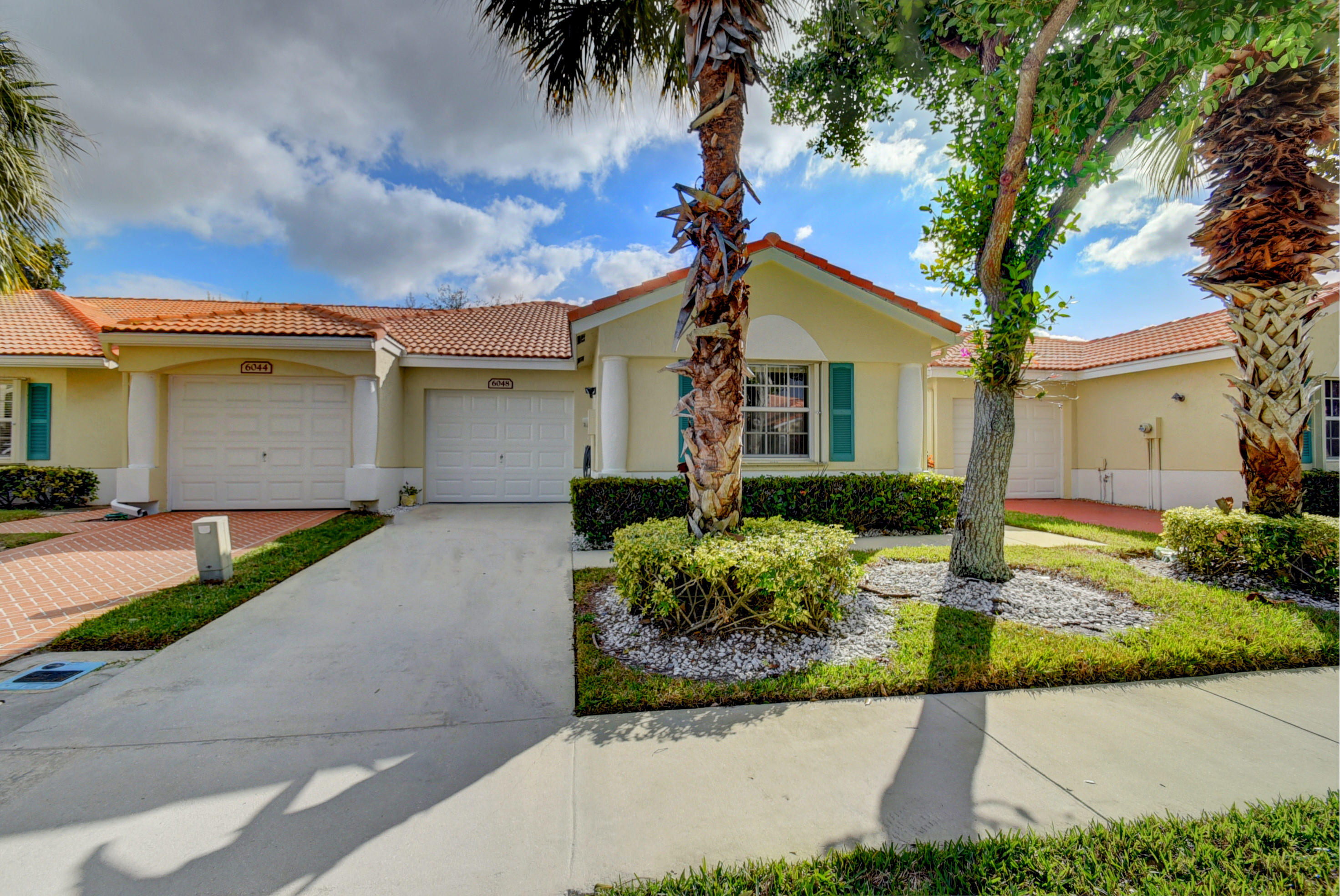 FLORAL LAKES PH 3 AND 4 home 6048 Petunia Road Delray Beach FL 33484