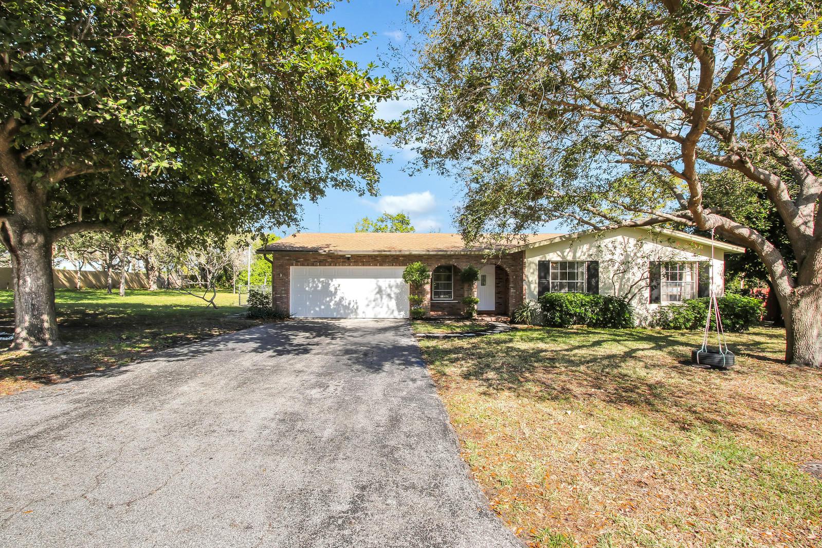 151 SW 24th Avenue, Boynton Beach, Florida