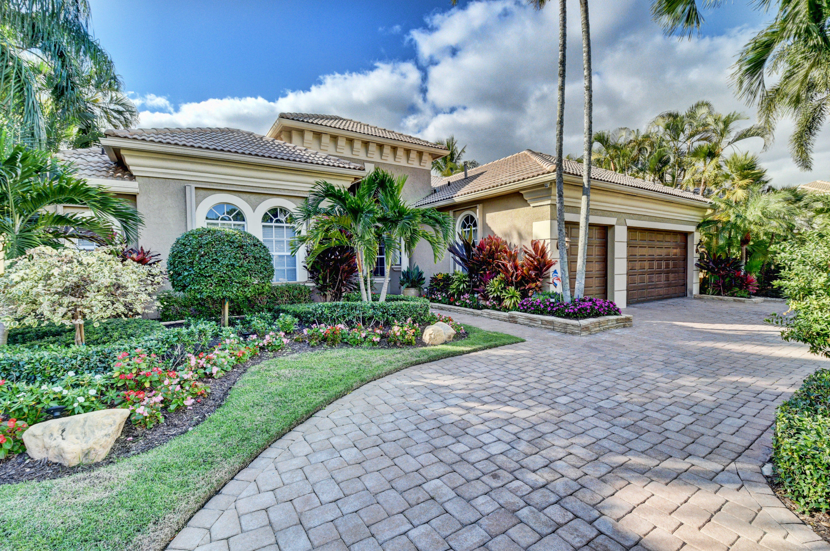 6911 Royal Orchid Circle  Delray Beach, FL 33446