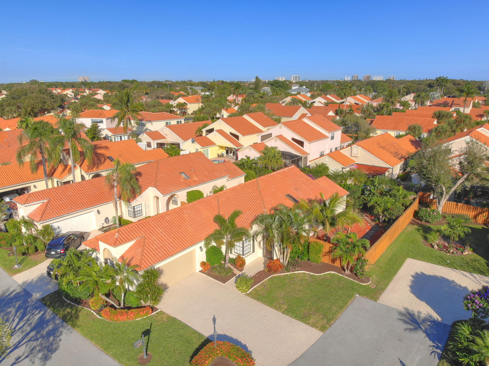 CRYSTAL POINTE HOMES