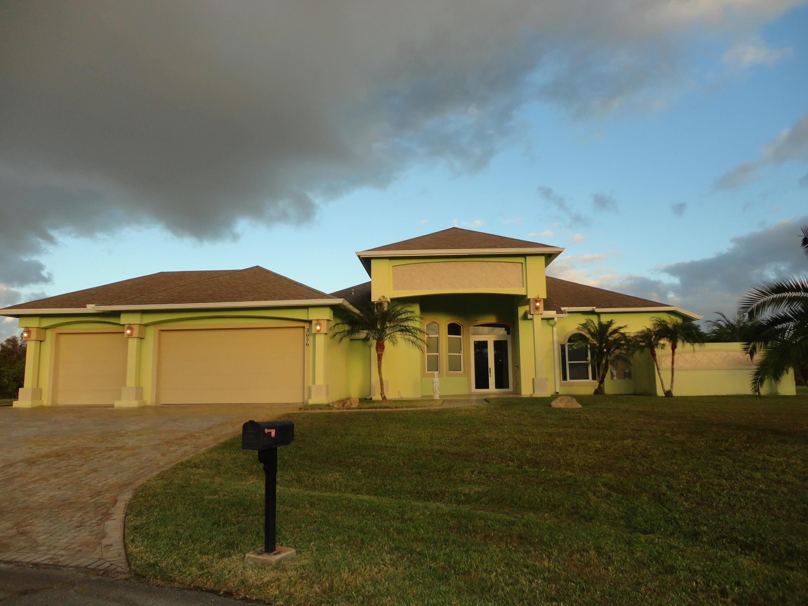 3606 SW Perry Court, Port Saint Lucie, Florida