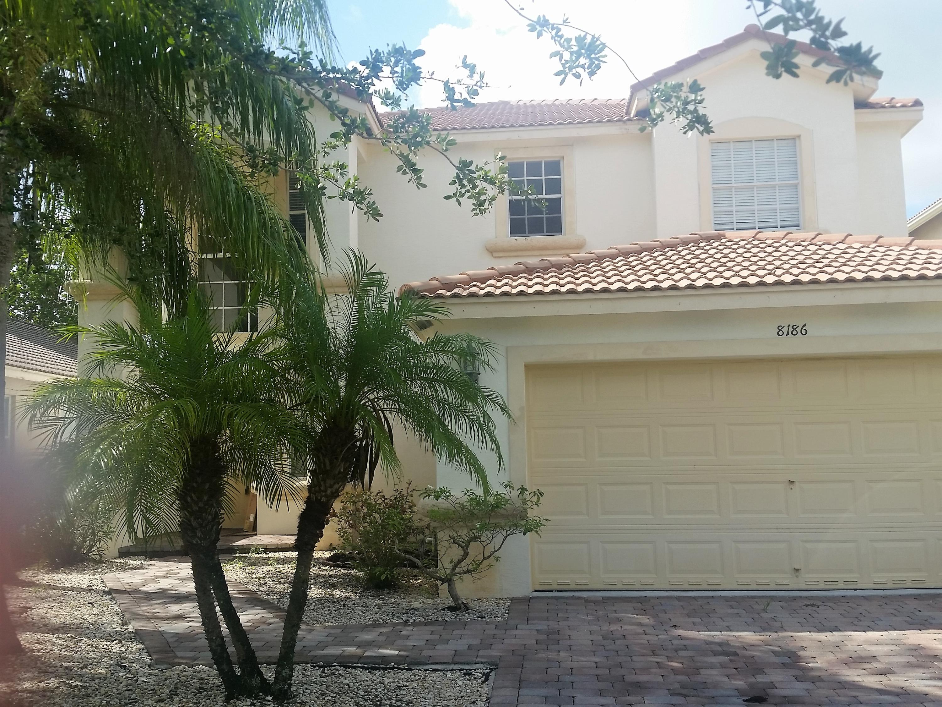 8186 Via Bolzano Lake Worth, FL 33467