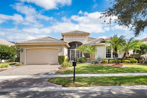 VALENCIA FALLS home 13503 Barcelona Lake Circle Delray Beach FL 33446