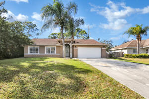 Property for sale at 6810 NW Abadan Street, Port Saint Lucie,  Florida 34983