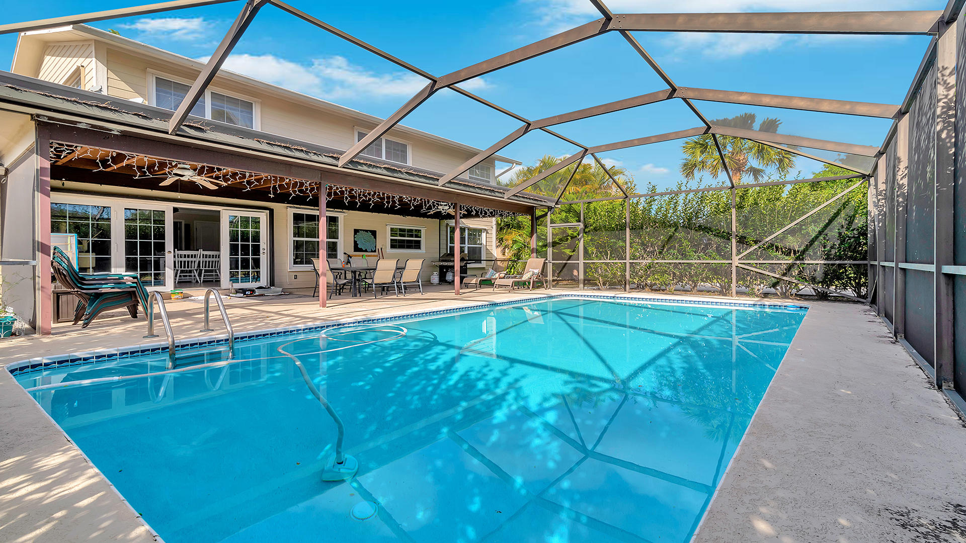 100 Madrid Street Royal Palm Beach, FL 33411 photo 2