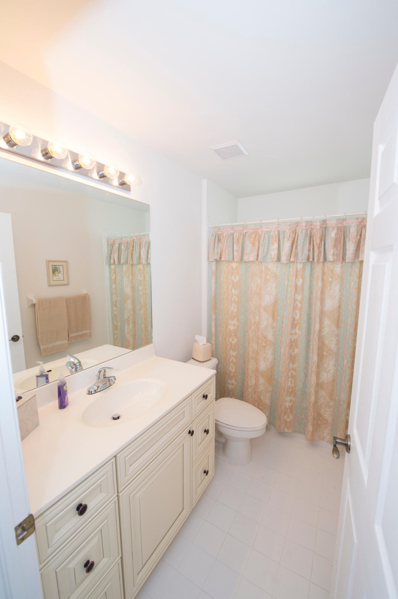 5116 Robino Circle West Palm Beach, FL 33417 photo 12