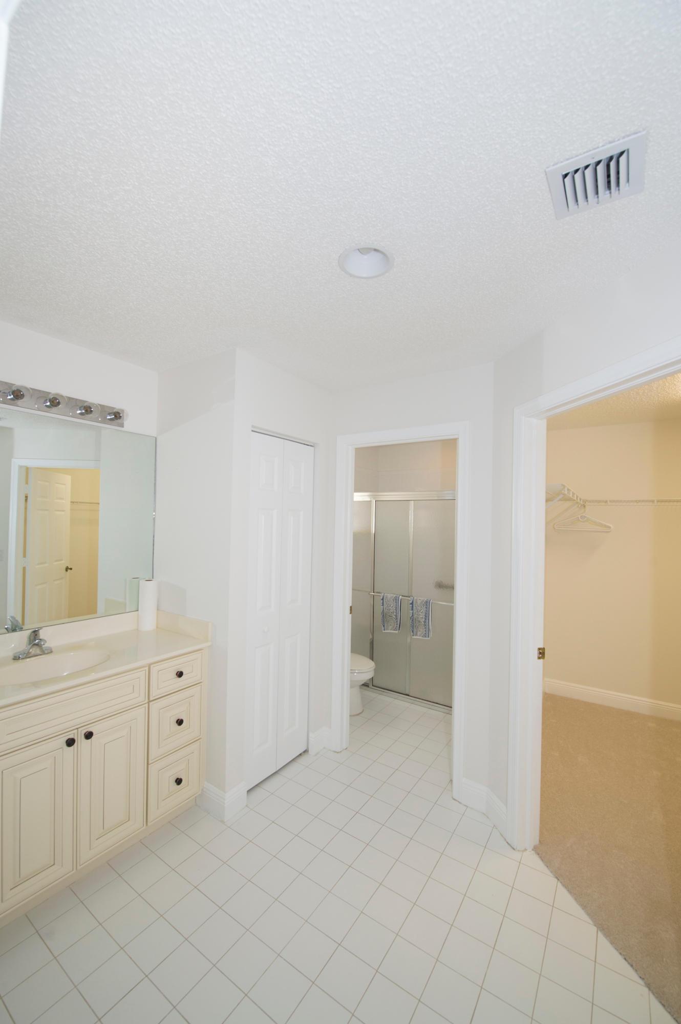 5116 Robino Circle West Palm Beach, FL 33417 photo 38