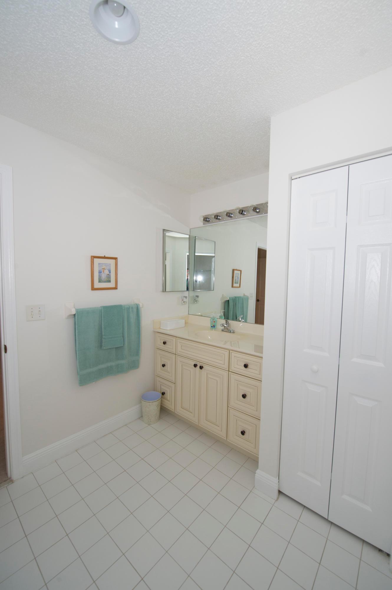 5116 Robino Circle West Palm Beach, FL 33417 photo 43