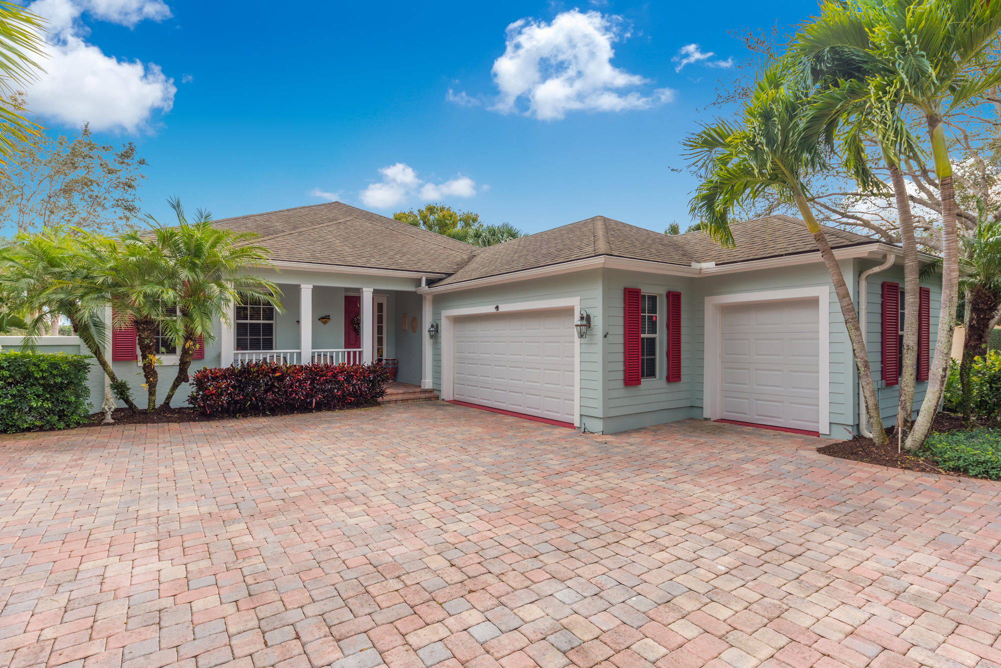 202 Oak Hammock Circle - Vero Beach, Florida