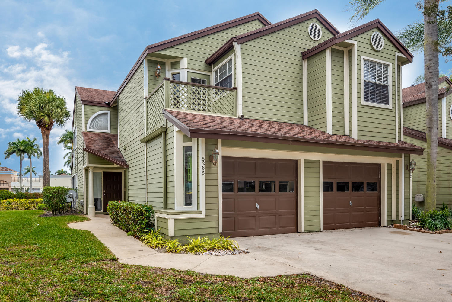 Home for sale in CARRIAGE HOUSES I CONDO Boca Raton Florida