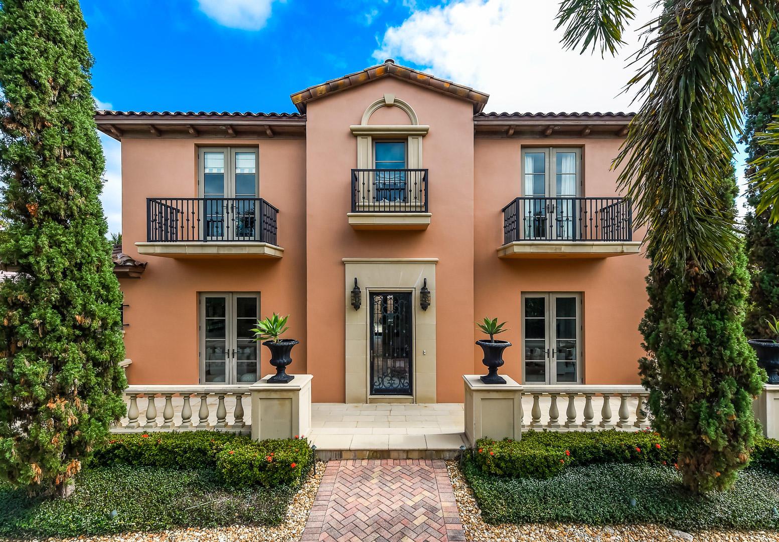 Photo of 579 E Woods Road, Palm Beach, FL 33480