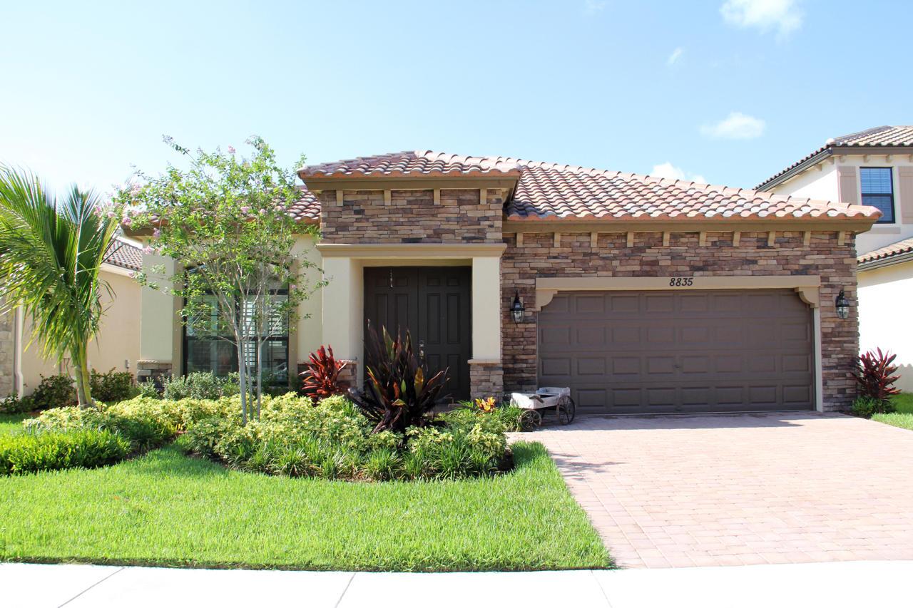 8835 Sandy Creek Way Lake Worth, FL 33467