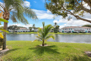 Property for sale at 9172 Boca Gardens Parkway Unit: E, Boca Raton,  Florida 33496