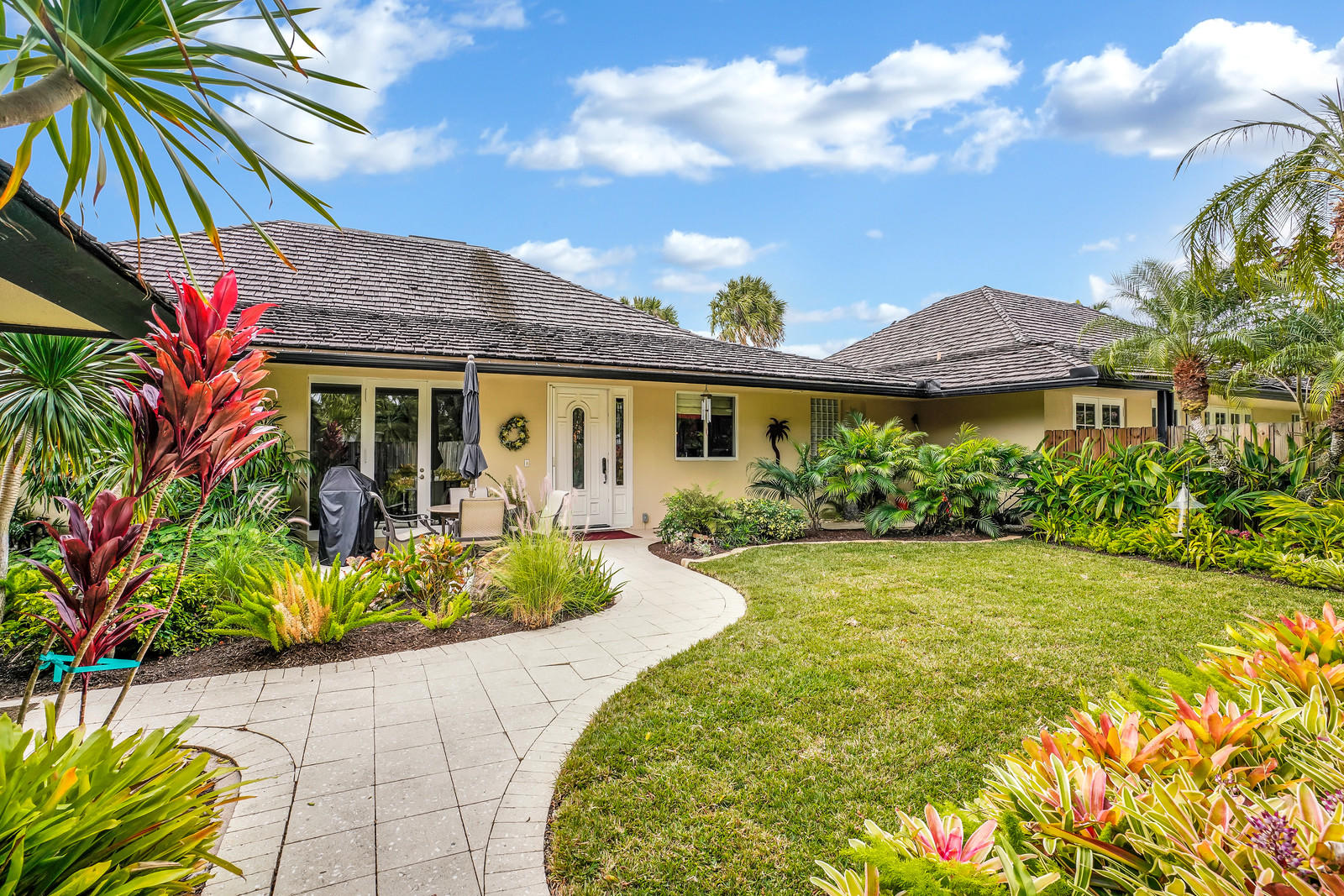 Home for sale in GOLF AND TENNIS VILLAGE PARCEL C Wellington Florida