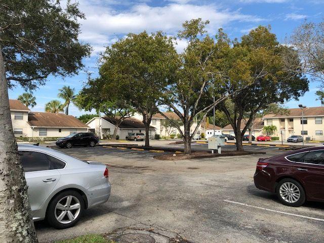 5310 Elmhurst Road #E West Palm Beach, FL 33417