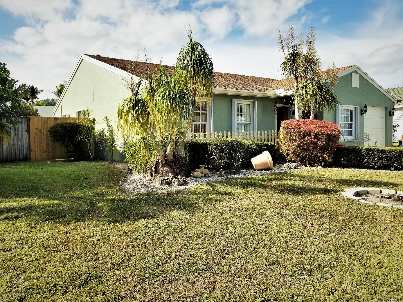 5079 Canal Circle Lake Worth, FL 33467
