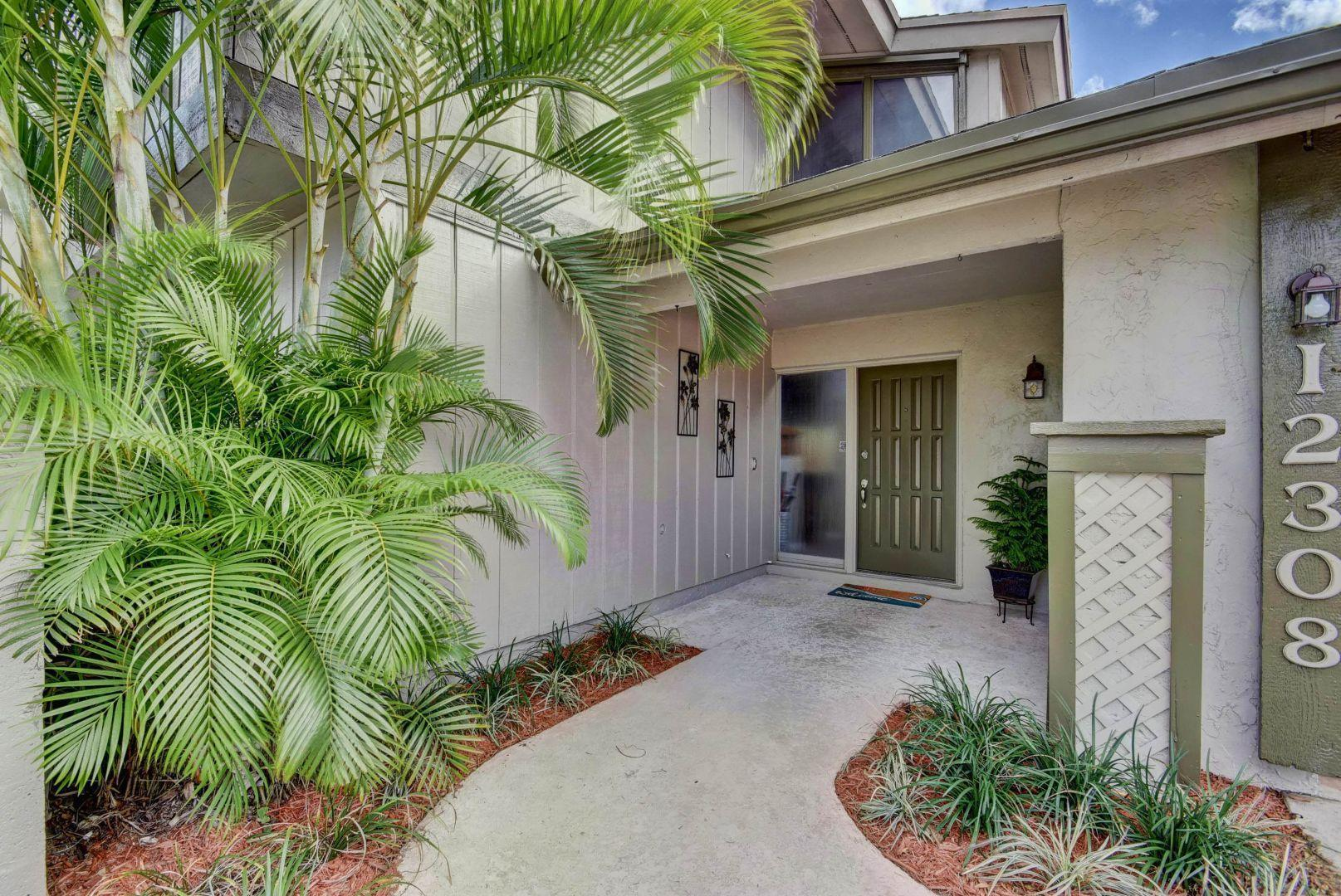 12308 Old Country Road Wellington, FL 33414 photo 2