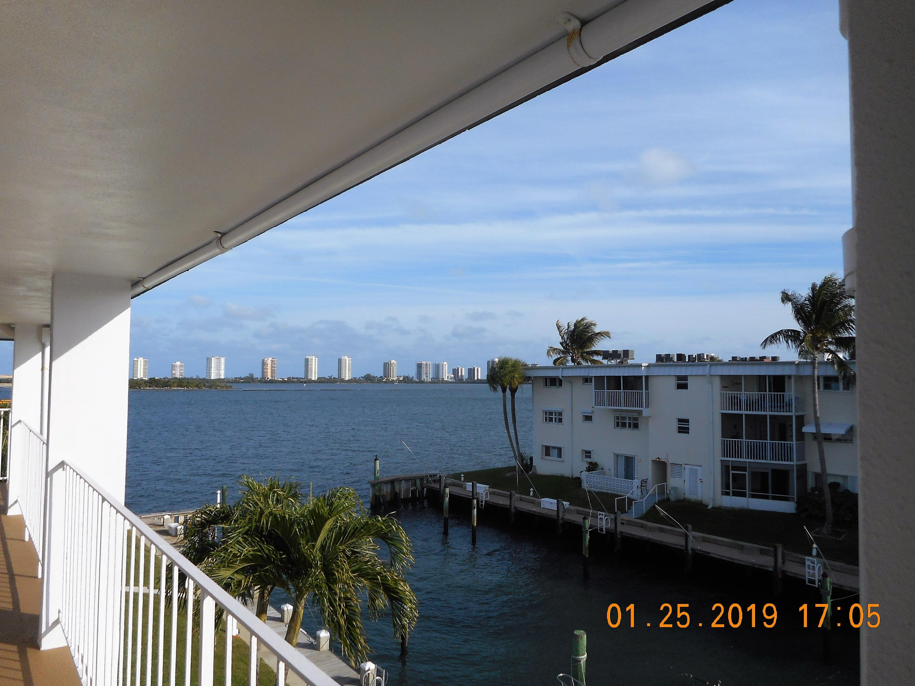 110 Shore Court 302, North Palm Beach, Florida 33408, 2 Bedrooms Bedrooms, ,2 BathroomsBathrooms,A,Condominium,Shore,RX-10499146