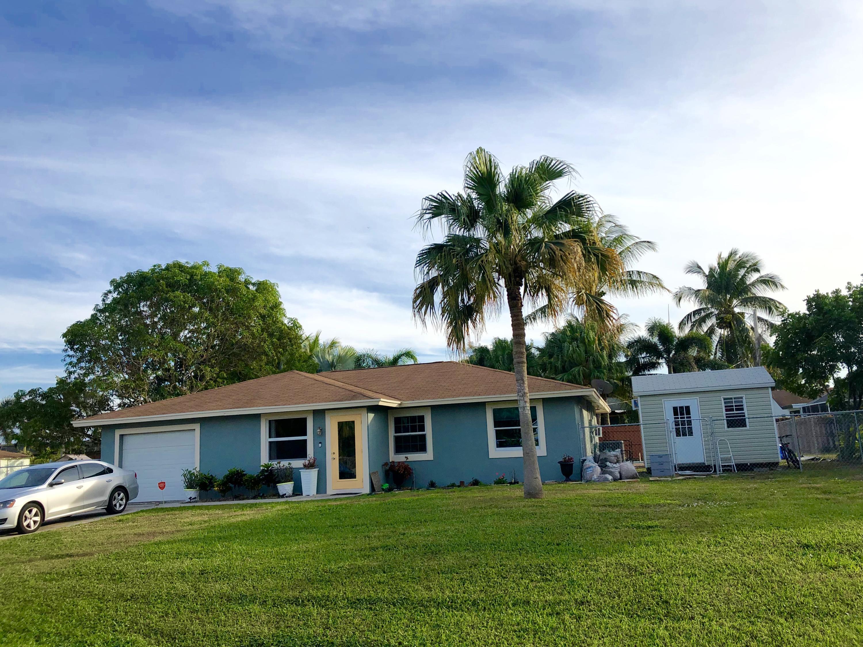 3268 Sapphire Road Lake Worth, FL 33462