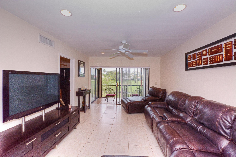 12962 Briarlake Drive 201, Palm Beach Gardens, Florida 33418, 2 Bedrooms Bedrooms, ,2 BathroomsBathrooms,A,Condominium,Briarlake,RX-10497788