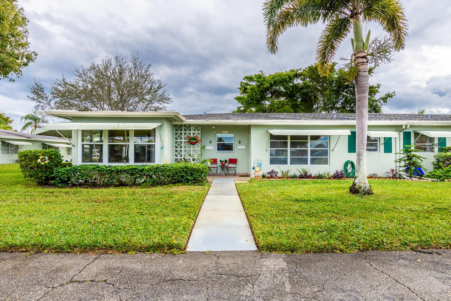 452 High Point Drive B  Delray Beach, FL 33445