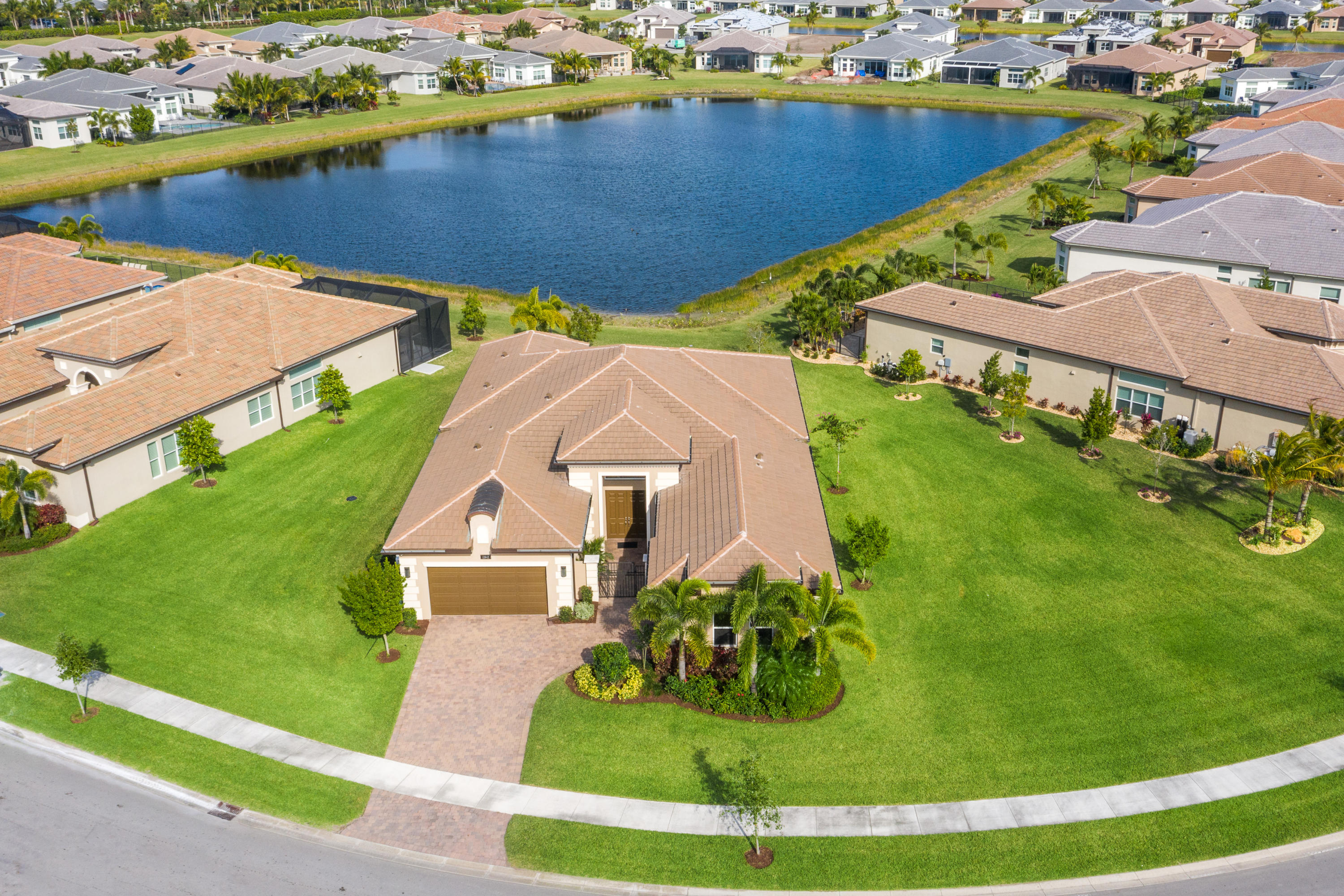 Valencia Bay home 12842 Big Bear Bluff Boynton Beach FL 33473