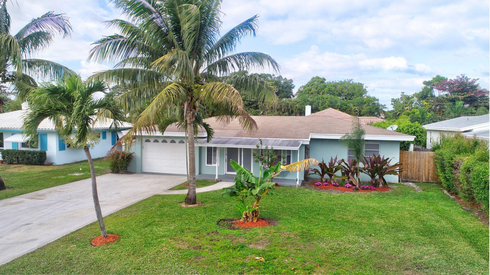 529 Lake Drive  Delray Beach FL 33444
